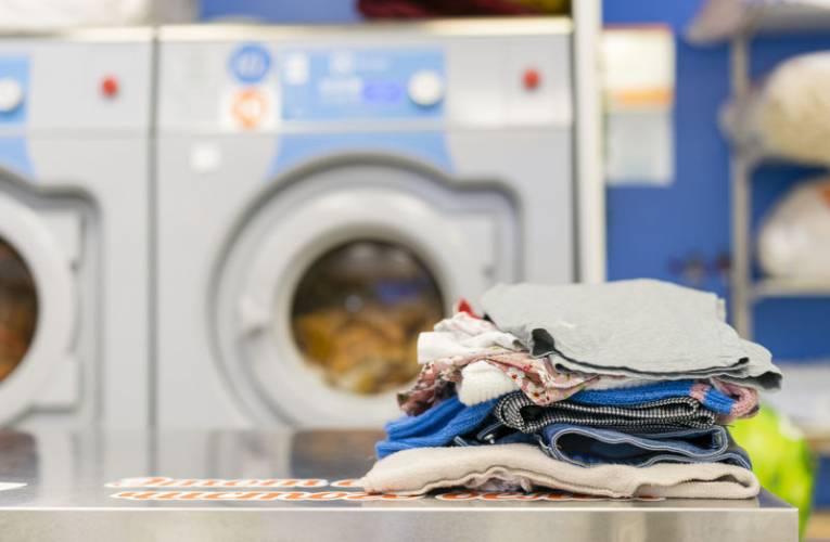 Oznaczenia na metkach a pranie ubrań