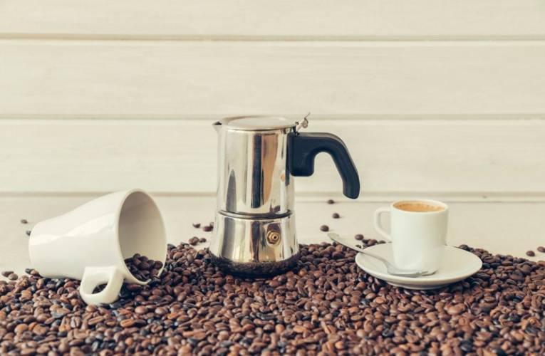 Kawa z kawiarki – prawdziwa kawa po włosku